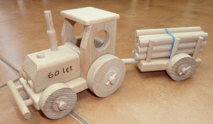 geschenke f r traktor fahrer holzspielzeug f r kinder lkw flugzeuge stra enbahn bus. Black Bedroom Furniture Sets. Home Design Ideas