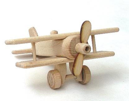 holzspielzeug flugzeug holzspielzeug f r kinder lkw flugzeuge stra enbahn bus. Black Bedroom Furniture Sets. Home Design Ideas