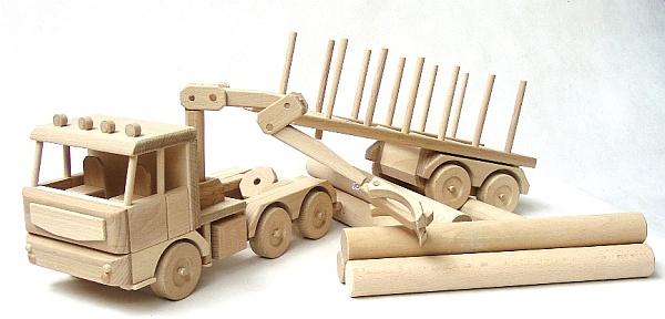 holzspielzeug lkw und fahrzeuge holzspielzeug f r kinder lkw flugzeuge stra enbahn bus. Black Bedroom Furniture Sets. Home Design Ideas