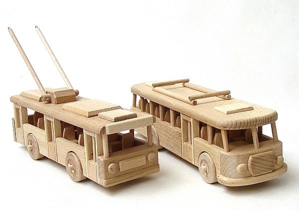 spielzeug f r kinder und erwachsene holzspielzeug f r kinder lkw flugzeuge stra enbahn bus. Black Bedroom Furniture Sets. Home Design Ideas