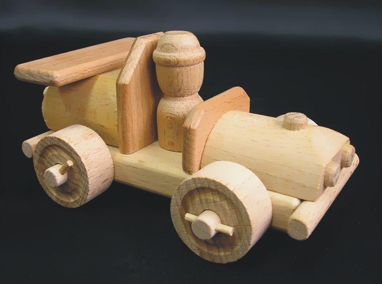 camion mit h lzernen baumst mmen und kleine auto holzspielzeug f r kinder lkw flugzeuge. Black Bedroom Furniture Sets. Home Design Ideas