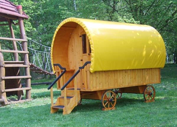 garten kinderhaus standard holzspielzeug f r kinder lkw flugzeuge stra enbahn bus. Black Bedroom Furniture Sets. Home Design Ideas