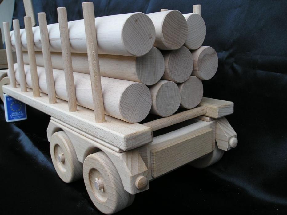 holz transporter lkw 60 cm special holzspielzeug holzspielzeug f r kinder lkw flugzeuge. Black Bedroom Furniture Sets. Home Design Ideas