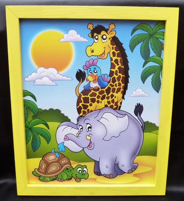 bilder f r 39 s kinderzimmer giraffe papagei elefant. Black Bedroom Furniture Sets. Home Design Ideas