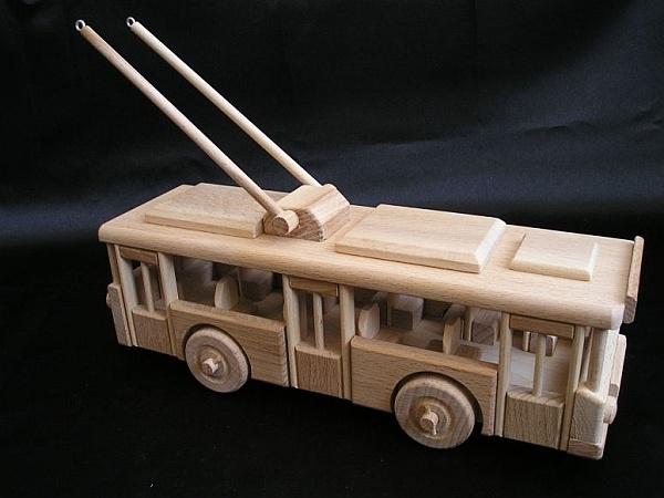 o bus spielzeug aus holz holzspielzeug f r kinder lkw flugzeuge stra enbahn bus. Black Bedroom Furniture Sets. Home Design Ideas