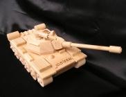 Panzer, Spielzeug aus Holz