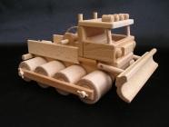 Holzpistenraupe aus Holz Spielzeug Geschenke