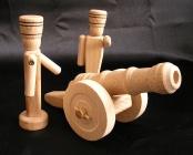 Holz Soldaten und Kanonen