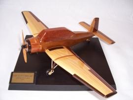 Agrarflugzeugen-modell-Z-37_cmelak