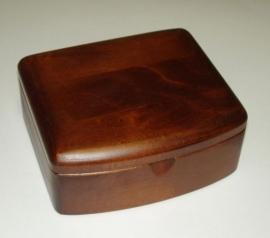 Schmuckkästchen aus Kirschholz