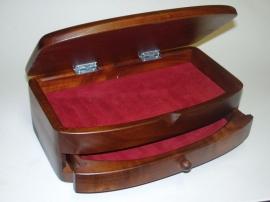 Schmuckschatulle aus Holz mit Schubladen