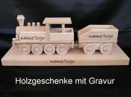 Holzeisenbahnen Lokomotiven baby personalisierte namen geburg