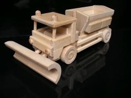 Schneepflug Holzspielzeug   Geschenk