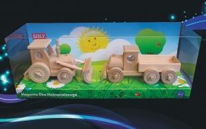 Holztraktor mit Pflug + LKW Spielzeug