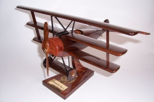 FOKKER Dr1 Jagdflugzeug Modell