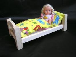 Holzpuppenbett inkl. Bettwäsche. Tolle Puppenbettchen für Spiele mit Puppen.