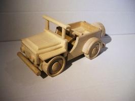 Jeep Spielzeug Auto aus Holz