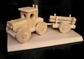 Geschenk Waldtraktor, Spielzeug