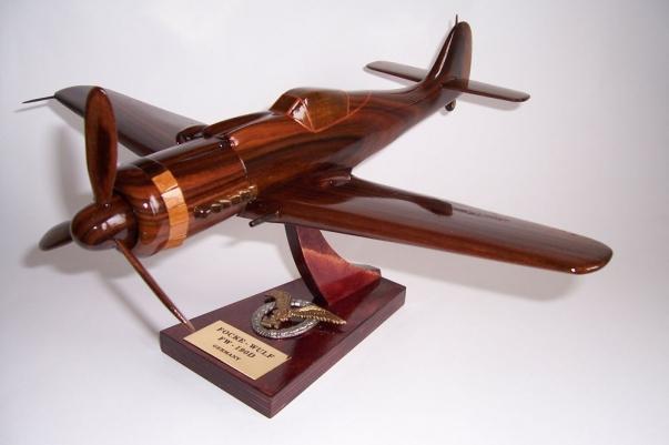 FOCKE-WULF-FW-190D  Flugzeug holz Modelle Geschenke