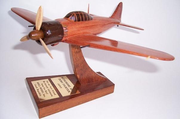 MITSUBISHI A6M5 ZERO japanischer Flugzeug Modelle