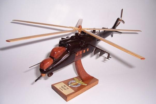 MI 24 HIND  21/5000 Hubschrauber Geschenk