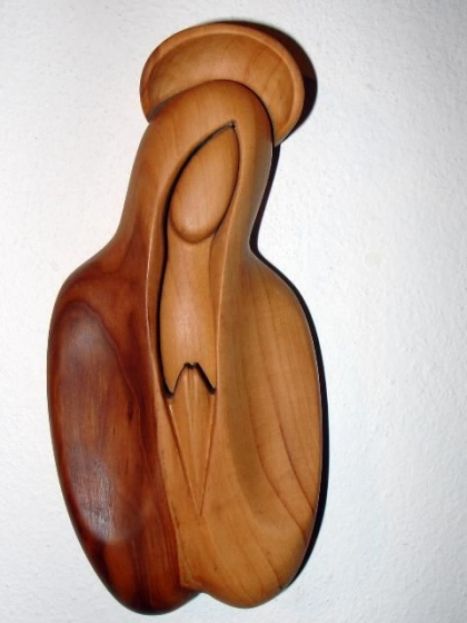 Heilige Maria, Statue aus Holz