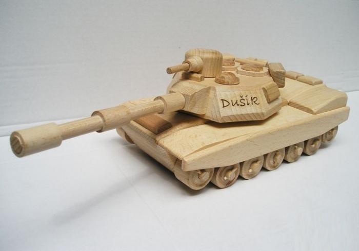 Spielzeug aus Holz Panzer
