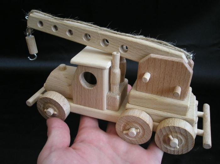 Autokran-holzspielzeug