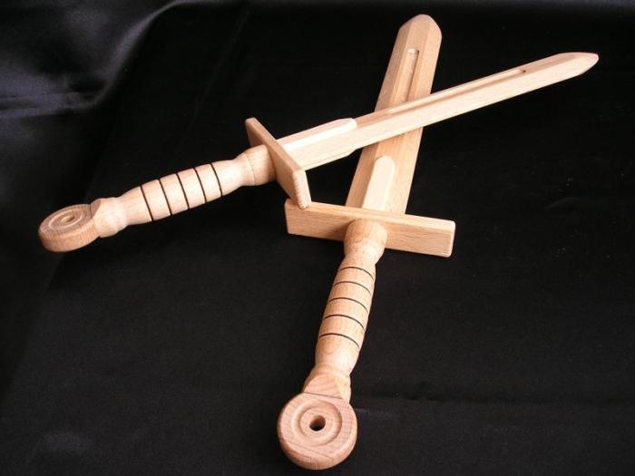 Holzschwert-spielzeug