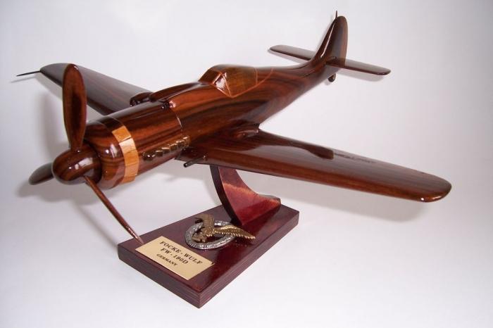 Flugzeugmodellen FOCKE WULF FW 190D