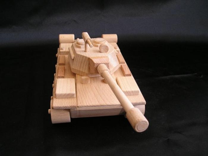 Rusisches_Gewehr_Modell_Panzer_für_Kinder