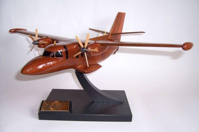 Transportflugzeuge-modelle-LET-L-410-UVP-E