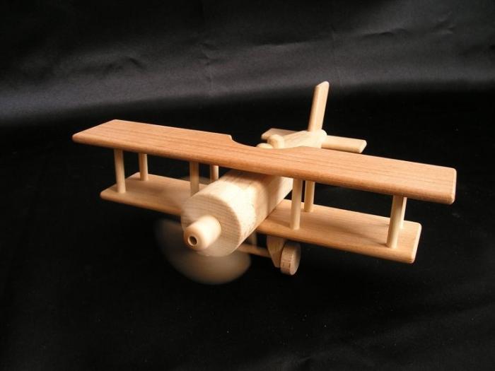 Holzflugzeug_Doppeldecker_Kinderspielzeug_für_Jungen