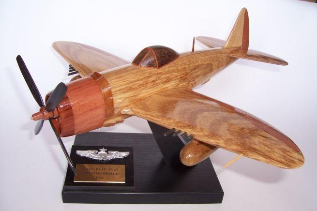 US-REPUBLIC-P-47-THUNDERBOLT