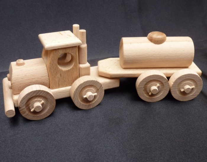 Holzspielzeug benzin lkw