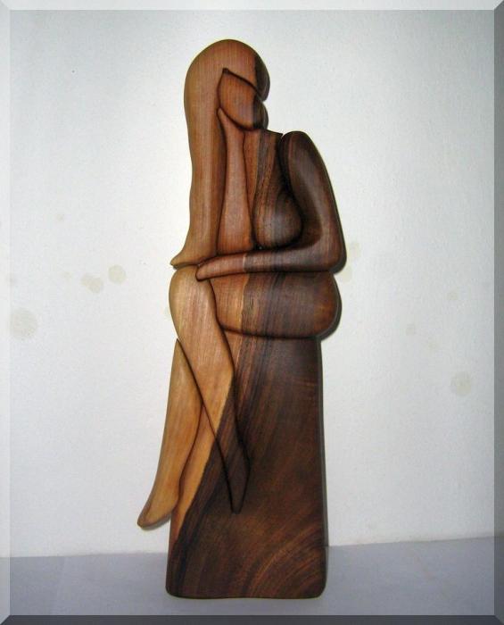 Handgemachte Holz-Skulpturen