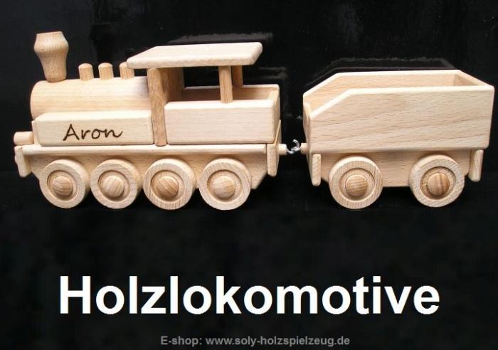 Lokomotive aus Holz - Spielzeug mit Gravur