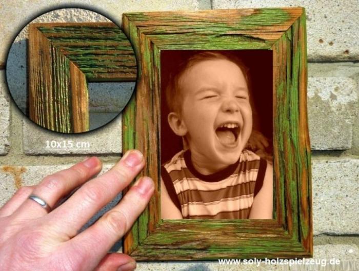 Fotorahmen aus Holz 10x15 cm, grunlweiß