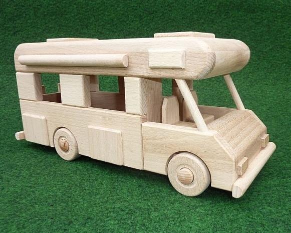wohnwagen spielzeug f r kinder aus holz holzspielzeug. Black Bedroom Furniture Sets. Home Design Ideas