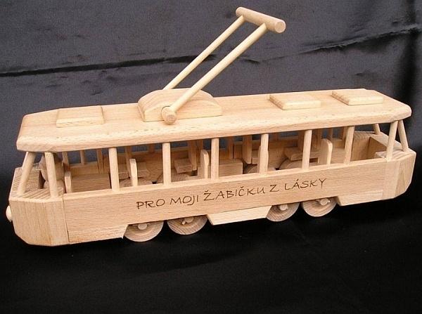 Straßenbahn Spielzeug mit Gravur