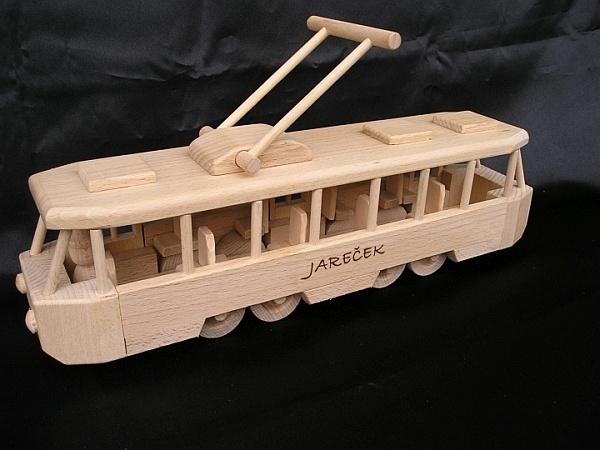 Straßenbahn Spielzeug mit Gravur Text