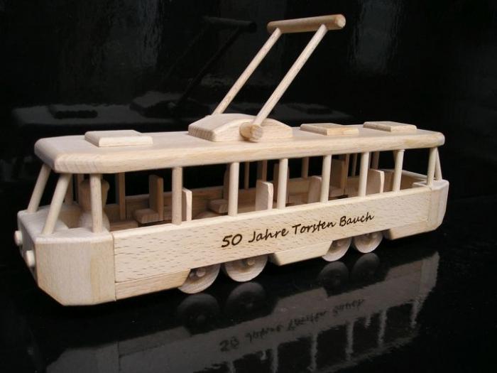 Kinder Straßenbahn Spielzeug aus Holz