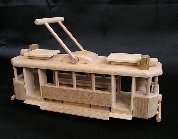die historische stra enbahn spielzeug holzspielzeug f r kinder lkw flugzeuge stra enbahn bus. Black Bedroom Furniture Sets. Home Design Ideas