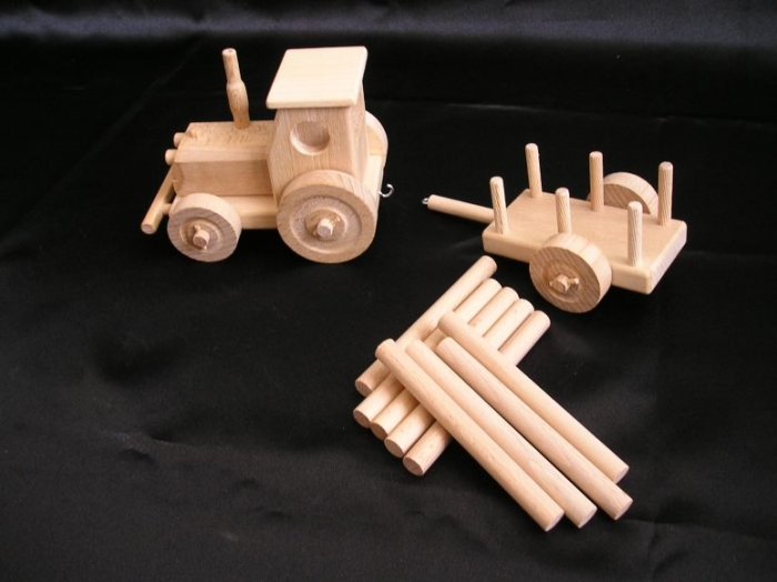 Traktor mit dem Anganger Spielzeug