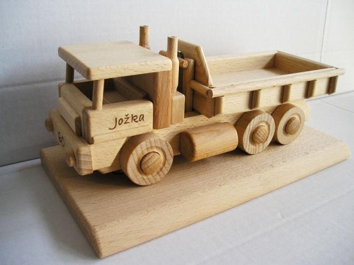 LKW Holz Geschenk auf der Basis