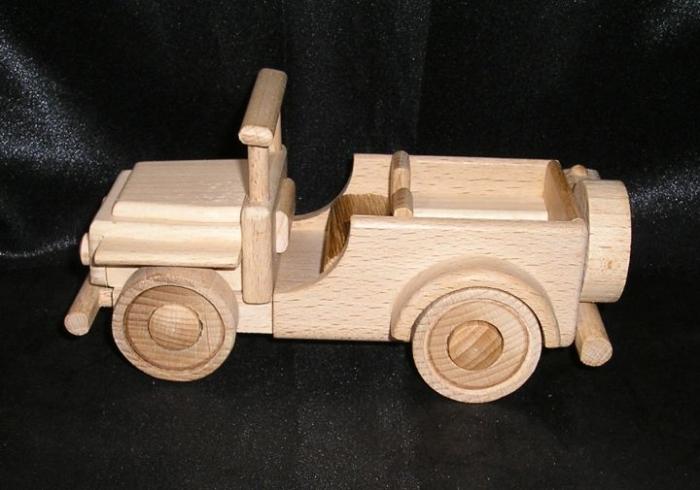 jeep spielzeug auto aus holz holzspielzeug f r kinder. Black Bedroom Furniture Sets. Home Design Ideas