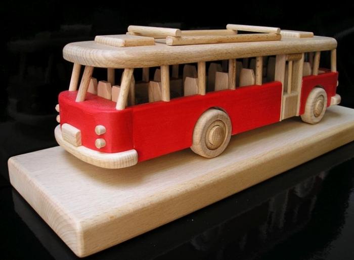 Root Bus Geschenk