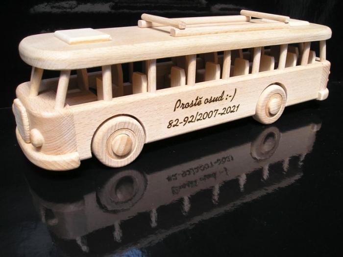 Spielzeug Bussse