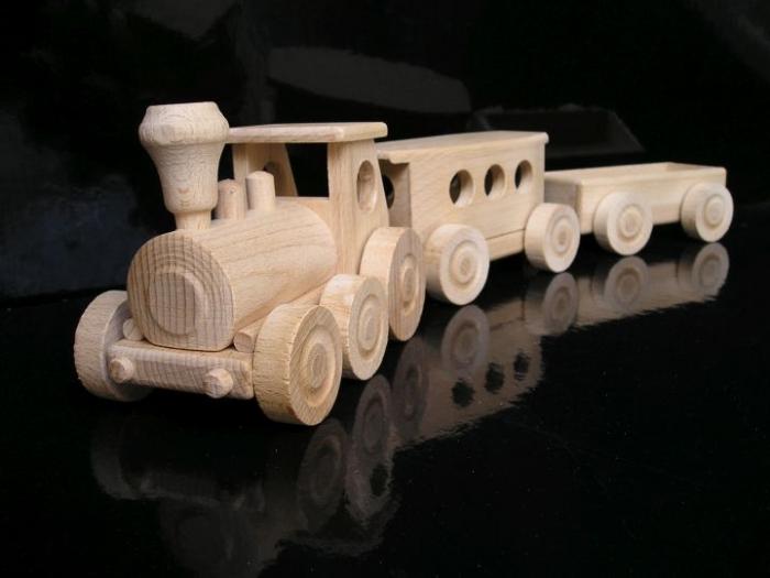 Holzzug eshop