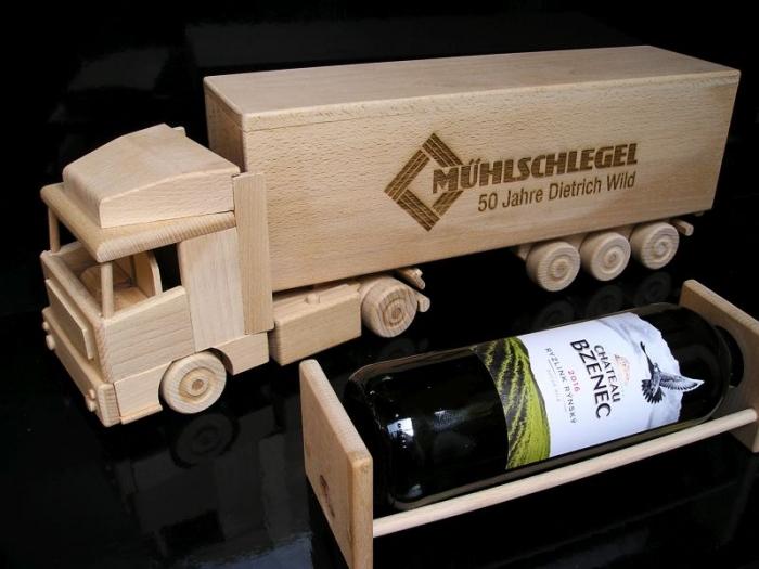 Truck, LKW Flasche